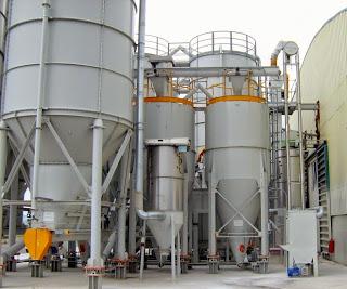 Impianto-stoccaggio-polveri-granulari-coclee-trasportatore-elevatore-aeromeccanico