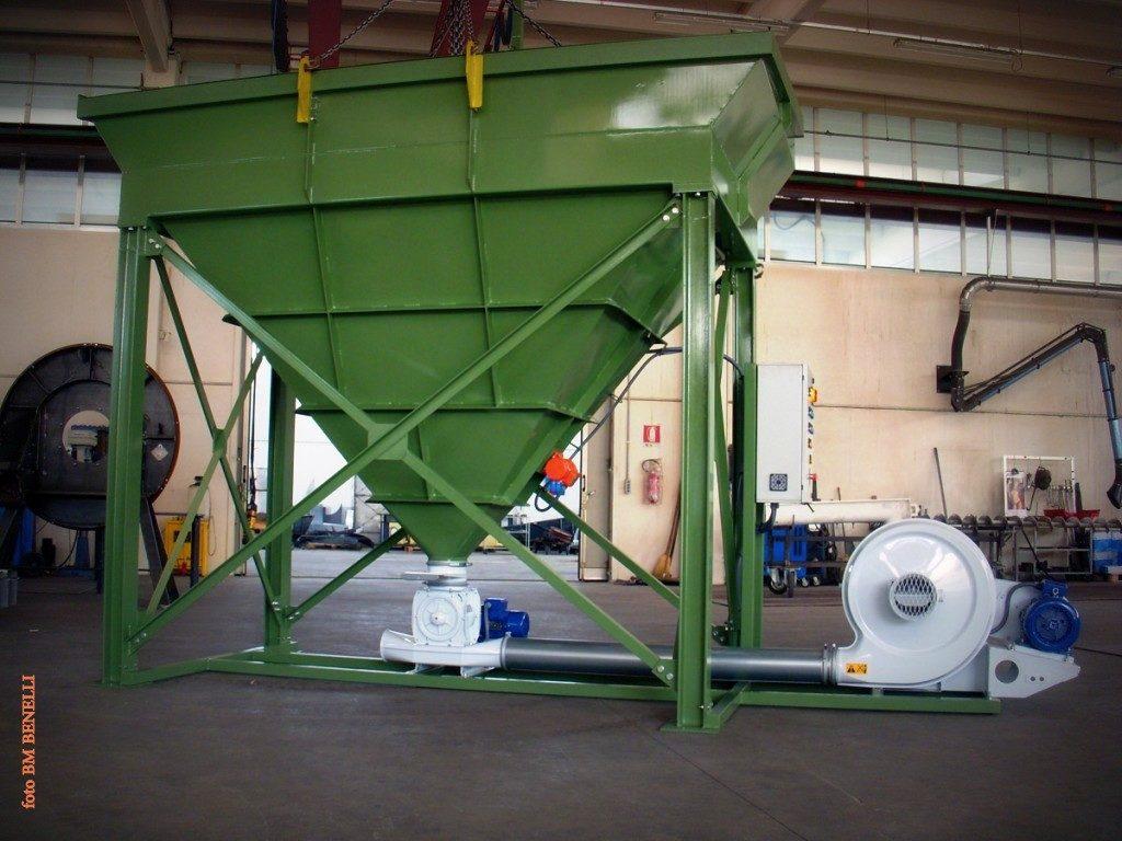 Sistema-trasporto-pneumatico-lancio-granuli-ventilatore-rotocella