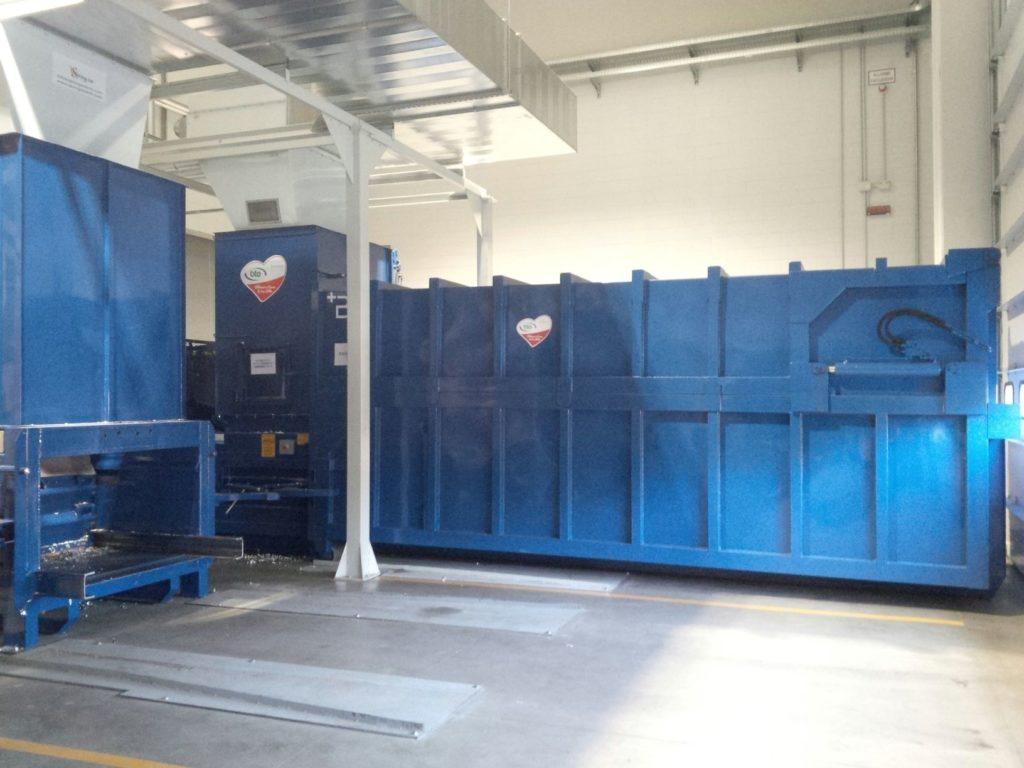 Stazione di scarico rifili a presscontainer